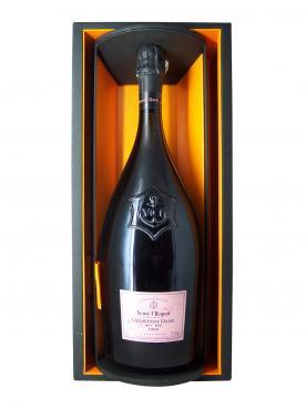 Champagne Veuve Clicquot Ponsardin La Grande Dame Rosé Brut 1998 Caisse bois d'origine d'un magnum (1x150cl)