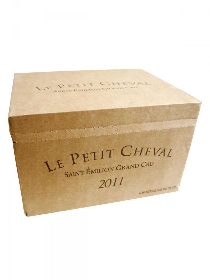 Le Petit Cheval 2011 Caisse bois d'origine de 6 bouteilles (6x75cl)