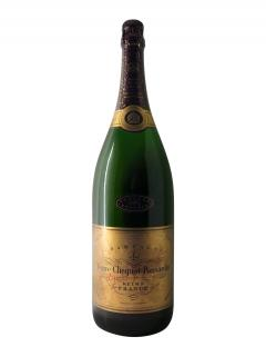 Champagne Veuve Clicquot Ponsardin Brut 1983 Caisse bois d'origine d'un jéroboam (1x300cl)